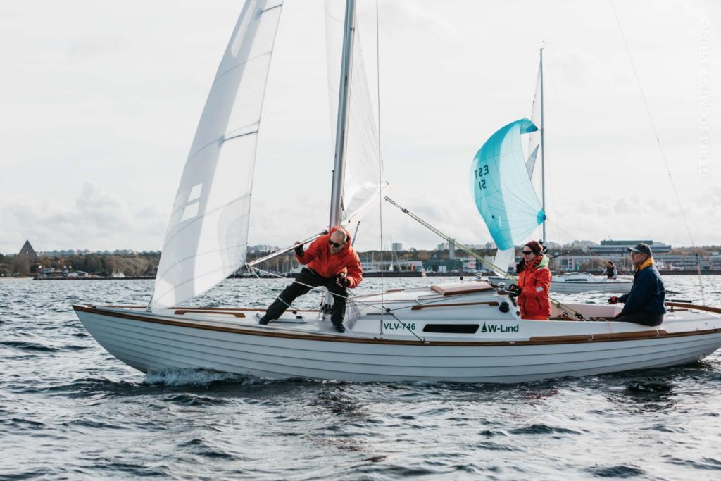 Folkboot W-Lind, kapten Tiit Riisalo, Kalevi Jahtklubi - SEIKO CUP - Hooaja Lõpuvõistlus Kalevi Jahtklubis 10.10.2020 FOTO: Gerli Tooming
