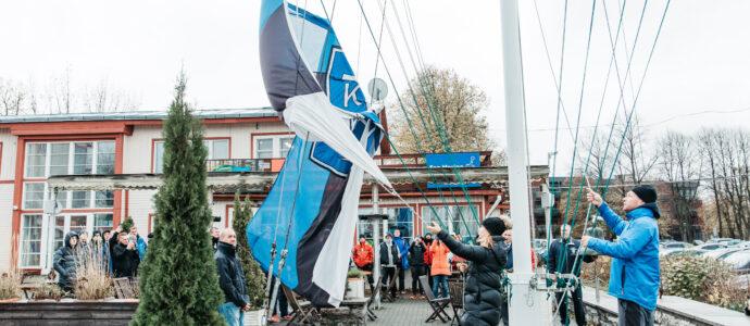 Kalevi Jahtklubi 2021.a hooaja lõpp lipu langetamisega - Zoom8 kahekordne maailmameister Karolin Härm ja treener Stefan de Vries FOTO: Gerli Tooming